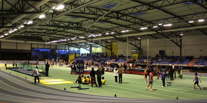 Athlétisme: épreuves combinées et départementaux en salle à Bompas